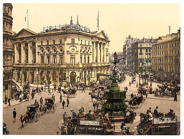 Picadilly Circus, 1900